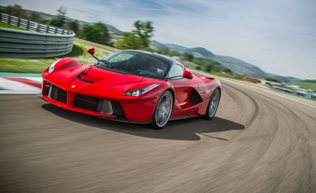 1455818789_6749060-650-1455811059-2014-ferrari-laferrari-first-drive-review-car-and-driver-photo-584762-s-original