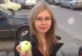 FireShot Screen Capture #020 - 'Unlock a car door with a tennis ball - YouTube' - www_youtube_com_watch_v=MNaSTipOYy8
