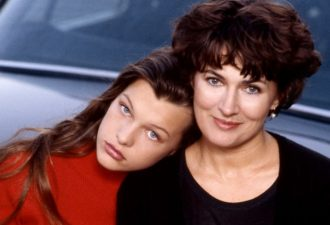 Loginova-and-Milla-Jovovich-14