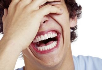150406092744_laugh_young_man_laughing_624x351_thinkstock