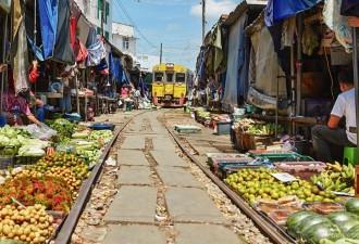 Маеклонг: самый необычный рынок в мире (10 фото)