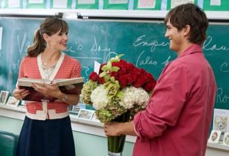 Учителю не нужны 30 букетов в ведрах и тазах