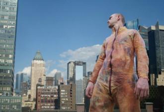 Шокирующие изделия из человеческой кожи (10 фото)