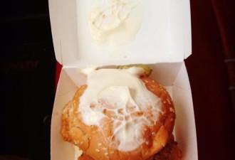 11 веселых ситуаций, когда официант и посетитель не поняли друг друга (11 фото)