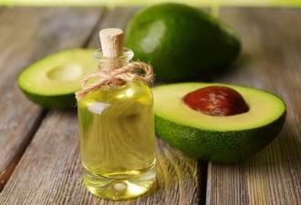 8 опасных продуктов, которые ни в коем случае нельзя наносить на кожу лица