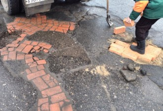 Такой ремонт дороги может быть только у нас (6 фото)