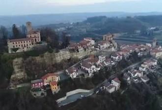 Этой европейской деревне требуются жители и каждому из них заплатят по 2 тысячи евро (6 фото)