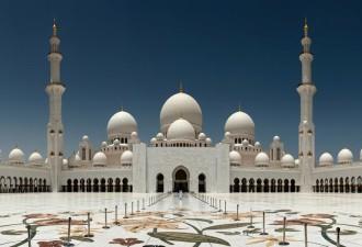 Крупнейшая афера в истории респектабельного Абу-Даби (3 фото)