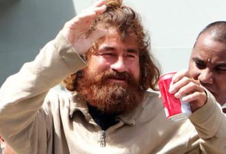 Он пробыл в океане 14,5 месяцев, но смог выжить (5 фото)