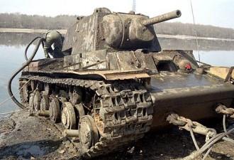 Со дна реки Дон достали редкий танк — «грозу» для немецких войск (видео)