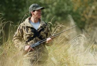 Этот парень направил ружье на оленя. В то, что случилось дальше, невозможно поверить! (видео)