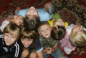 История многодетной мамы из Нижнего Новгорода. Растит 21 ребёнка (3 фото)