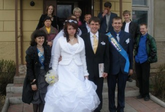 Хочу поделиться печальной историей о свадьбе и родственниках, которые задолбали…