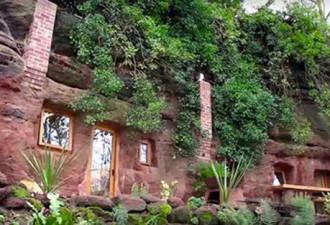 Мужчина обнаружил 700-летнюю пещеру и превратил её в дом своей мечты (видео)