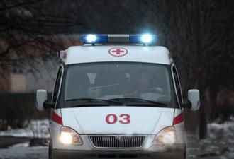 Работаю фельдшером скорой помощи