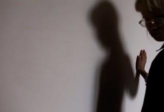 Трогательная история 11-летней незрячей от рождения девочки (9 фото)
