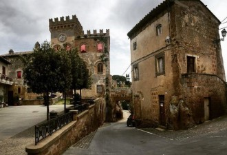 Италия бесплатно раздаст желающим 103 средневековых замка (7 фото)