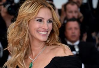 49-летняя Джулия во 2-ой раз признана самой красивой женщиной планеты! (13 фото)