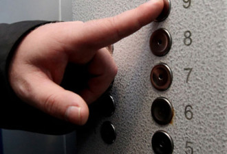 Нешуточные страсти в лифте