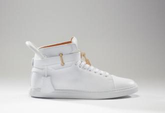 Это самые дорогие кроссовки в мире!