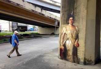 Картины перенесенные на улицу Julien de Casabianca (14 фото)