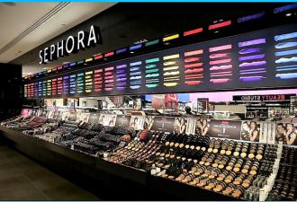 Ребёнок уничтожил косметики на $ 1300 в магазине Sephora