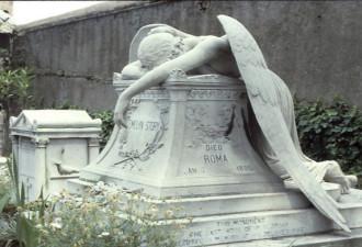 Этот памятник с римского кладбища известен на весь мир