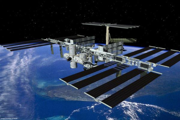 uluslararasi-uzay-istasyonu-088506