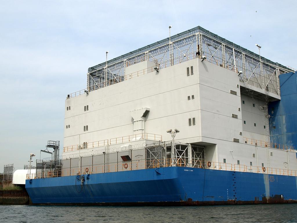 prison-ship-1