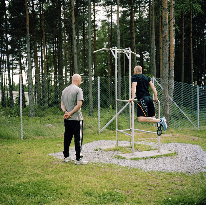 Haden Prison, Norway, June 2014: Prisoners working out in the yard. -- No commercial use -- Photo: Knut Egil Wang/Moment/INSTITUTE