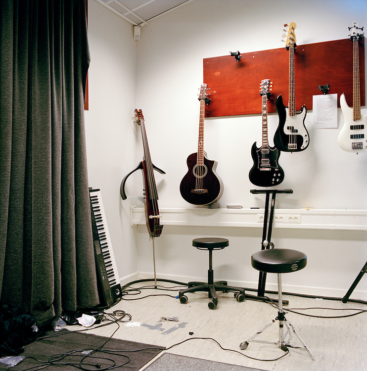 "Halden Prison, Norway, June 2014: In the studio ""Criminal Records"" where prisoners have access to a wide range of musical instruments and high tech recording facilities. -- No commercial use -- Photo: Knut Egil Wang/Moment/INSTITUTE"