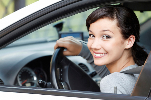 Female-Car-Buyers-Woman-Driving-PressReleaseFinder
