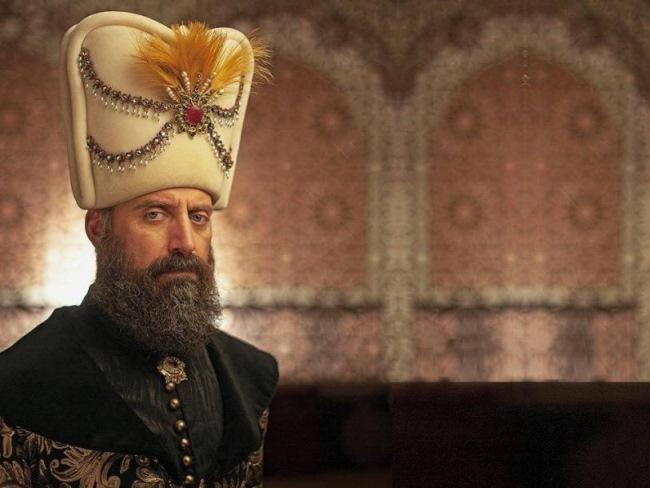 pered-smertyu-sultan-sulejman-izyavil-vsego-3-zhelaniya_001