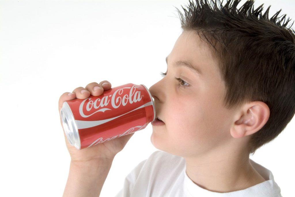 Кока-кола и человек картинки