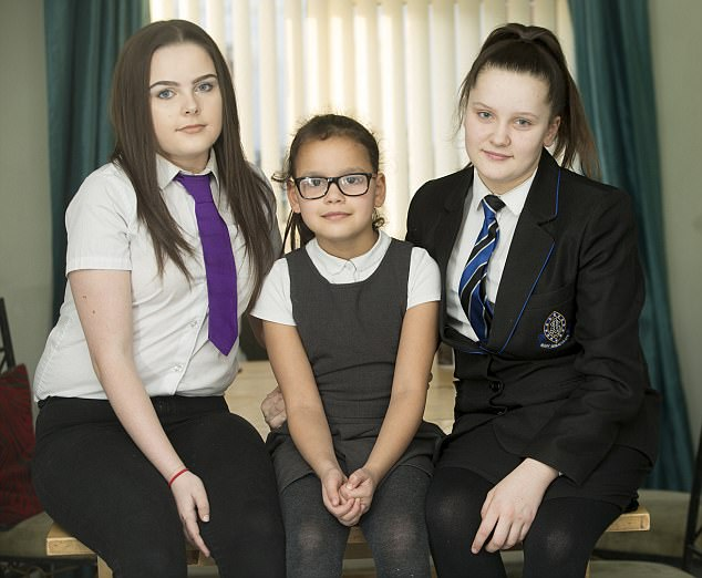 (L TO R) Sophie, Tiana and Ellie / / re: Sam Menzies who has stepped in to raise her sister's children. Her sibling Karina Menzies died in 2012 when struck by a van in Cardiff aged 31 and left behind three daughters Sophie, Ellie and Tiana / Source: Lucy Laing