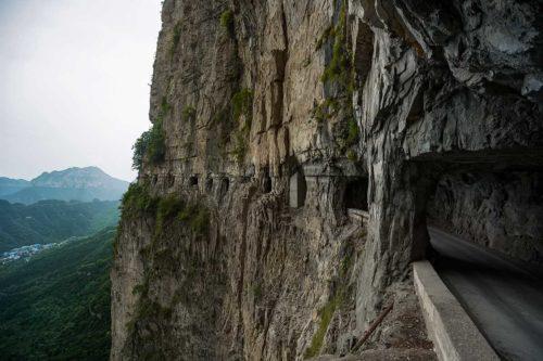 Рисунок 9. Туннель Джуолинг, Китай