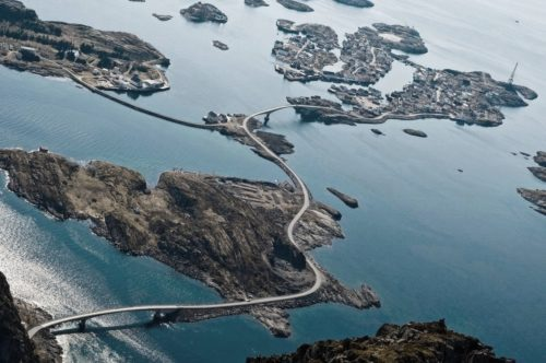Рисунок 1. Атлантическая дорога, Норвегия.