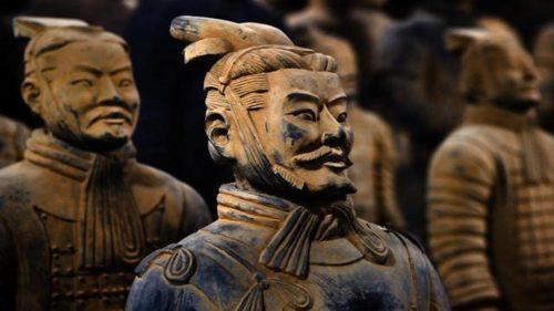 Рисунок 1. Каждый воин — это оригинальное произведение древнего искусства