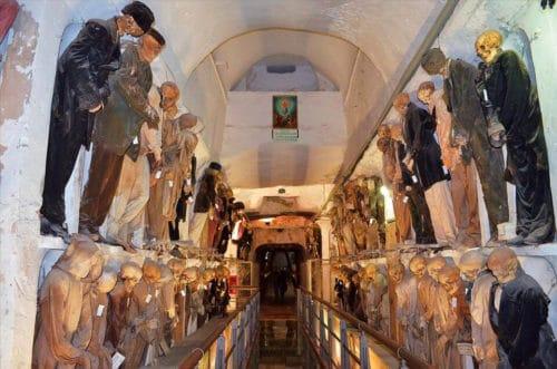 Рисунок 8. Захоронение знатных семей Сицилии