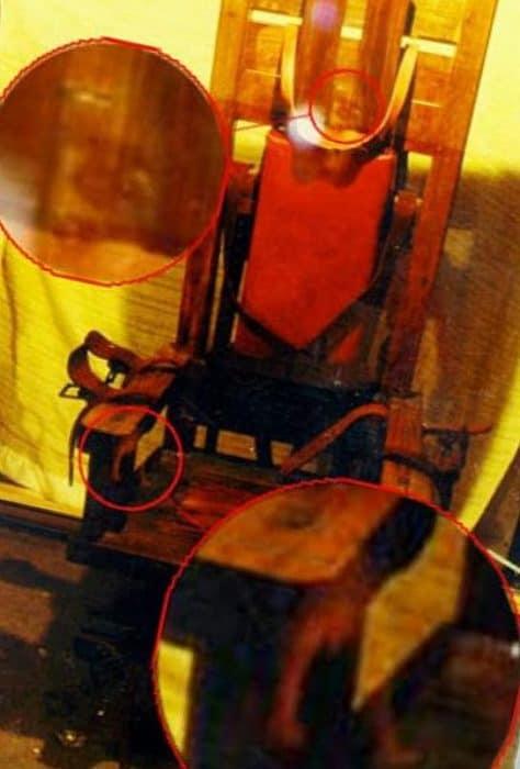 Рисунок 8. Электрический стул с привидением